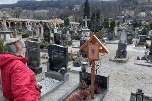 Malteser Tirol Besuch der Ostergraeber 8